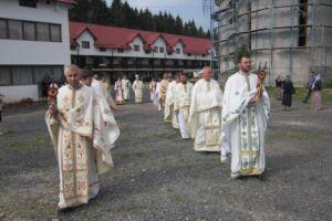 Sfântul Ioan Iacob Hozevitul, cinstit la Mănăstirea de la Piatra Craiului, în prezența Mitropolitului Clujului