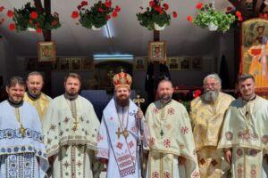 """Binecuvântare arhierească pentru credincioșii din Parohia """"Sfântul Ioan Iacob Hozevitul"""" de pe Valea Gârbăului"""