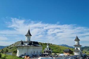Schimbarea la Față, hramul Mănăstirii Cheile Turzii