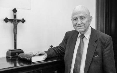 """Mitropolitul Andrei: """"Un dascăl de vocaţie şi credincios – Academicianul Emilian Popescu"""""""