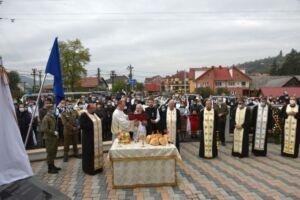 Monumentul eroilor și capela mortuară din Rebrișoara, sfințite de Mitropolitul Clujului