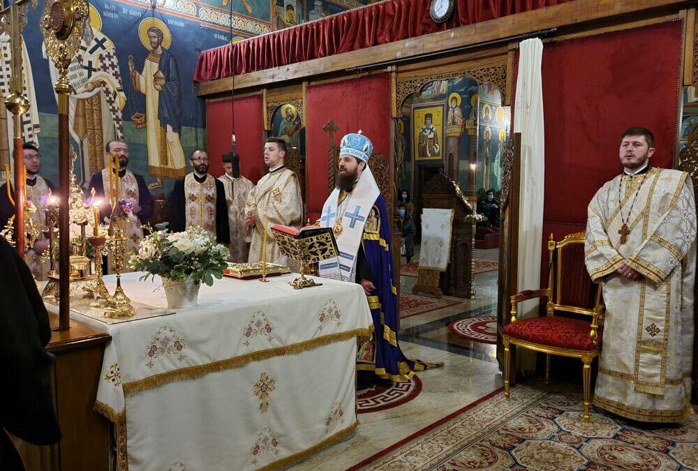 Seară culturală și Priveghere în cinstea Sfinților Trei Ierarhi, la Facultatea de Teologie Ortodoxă din Cluj-Napoca