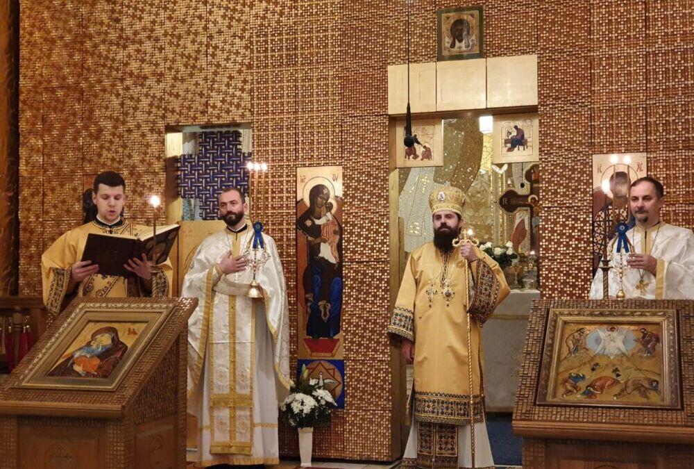 """Liturghie Arhierească, în prima zi a Anului Nou, la Biserica """"Schimbarea la Față"""" din Cluj-Napoca"""