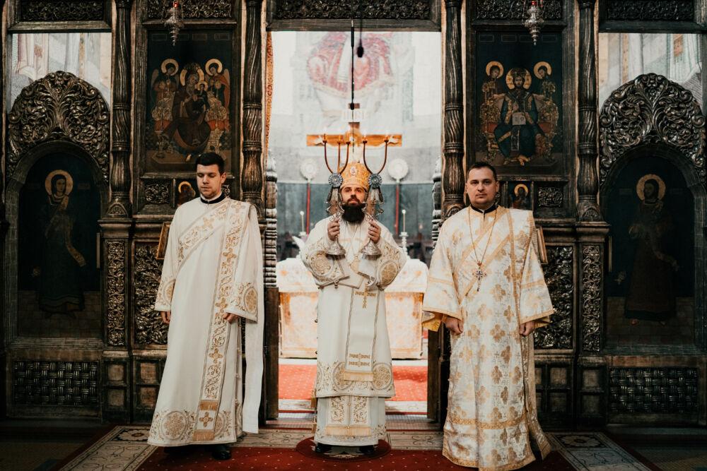 Liturghie arhierească la Catedrala Mitropolitană   Duminica a 29-a după Rusalii