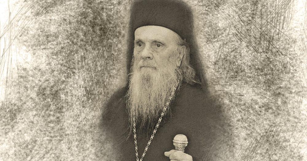 """Arhiepiscopul Justinian Chira – """"omul deplin"""" care îi cuprinde pe păstoriții săi"""