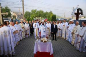 """Biserica """"Sfântul Ierarh Nicolae"""" din Ocna Dej a fost resfințită"""