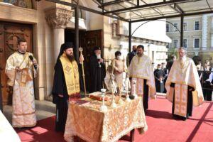 Noul an școlar a început prin rugăciune la Cluj-Napoca | Te Deum la Catedrala Mitropolitană