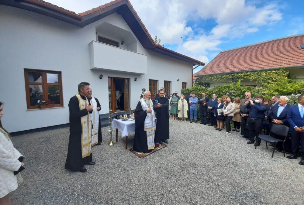"""Proiect filantropic-educațional pentru elevi, inaugurat la Parohia """"Sfânta Treime"""" din Cluj-Napoca"""