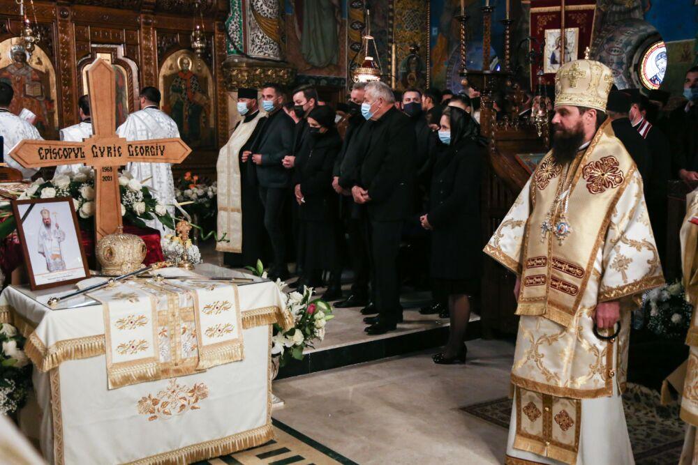 PS Părinte Benedict Bistrițeanul a participat la înmormântarea Episcopului Gurie Georgiu al Devei și Hunedoarei